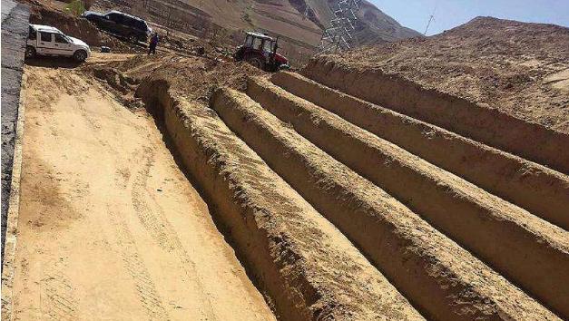 鸿业道路设计路基横断面挖台阶设置