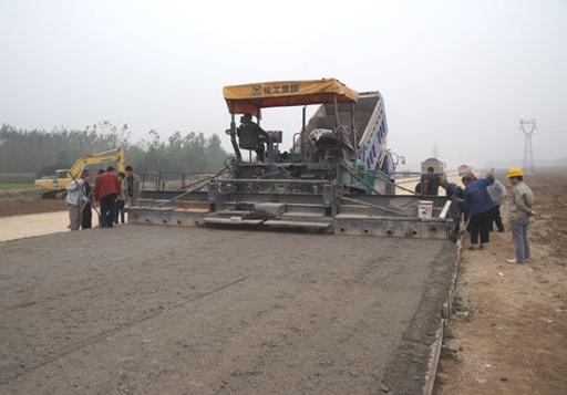道路工程施工单位施工前应该做哪些准备